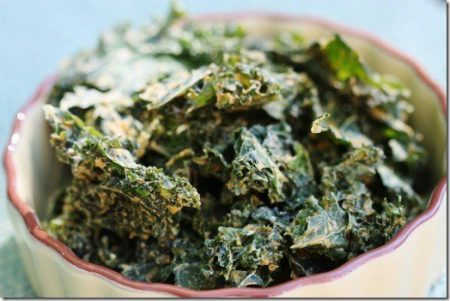 Spicy Curry Kale Chips with Dates Recipe