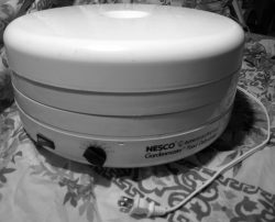 Round Shape High Watt Dehydrator